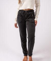 Grey-pants-Dulce.jpg